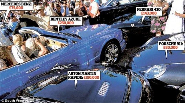 acidente carros luxo